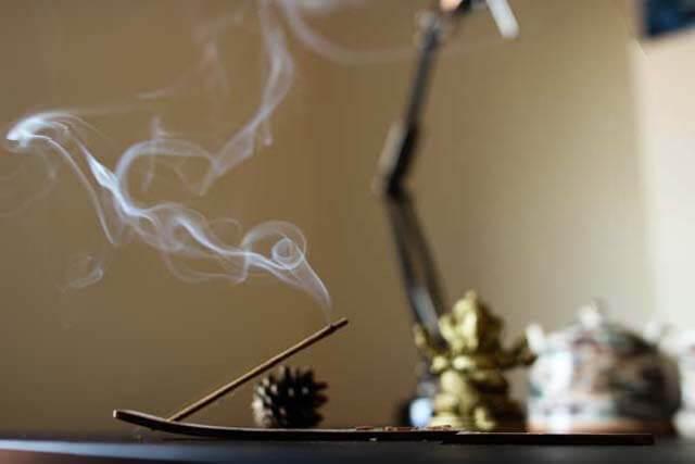 浄化に効果があるといわれるお香の選び方