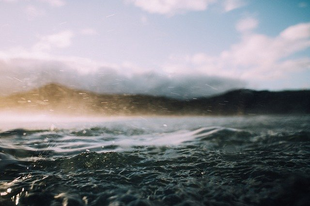water-1867234_640