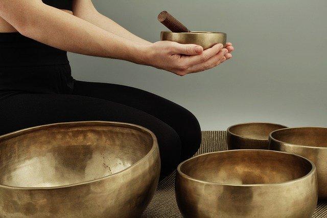 singing-bowls-4762238_640